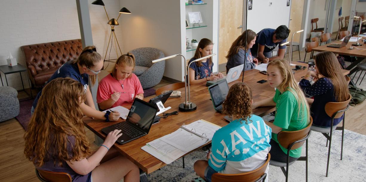 Group Study Hall Image